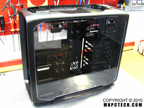 corsair_600T_window_panel_mnpctech2.jpg